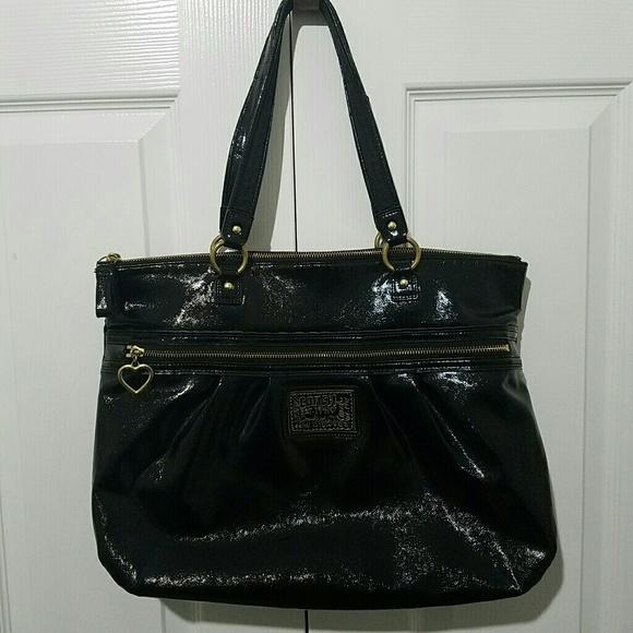 Coach Handbags - COACH Handbag Tote F20004 POPPY Patent Leather